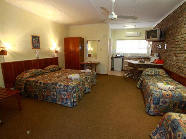 Kleinplaas Holiday Resort Oudtshoorn